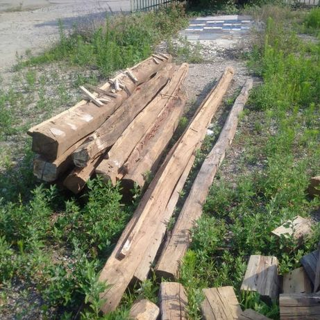 Стари дървени греди
