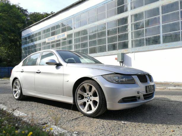Dezmembram/dezmembrez BMW Seria 3 XDrive E90 Sedan 2007