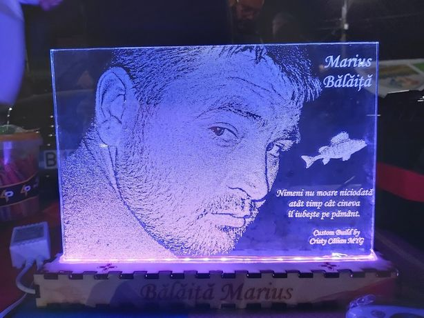 Veioza FOTO PERSONALIZATA - gravura laser pe sticla (LAMPA LED)