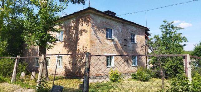 Продажа трехкомнатной квартиры в кирпичном доме