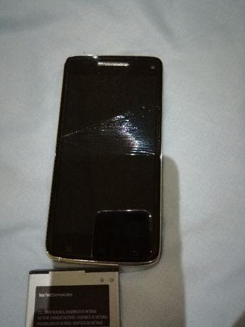 Мобилен телефон Леново 960