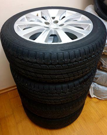 Зимние шины на оригинальных дисках Subaru Impreza R17.