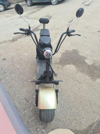 Vând scuter electric