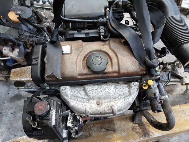 Motor Citroen Peugeot 1.4i 55kw/75Cp tip KFX