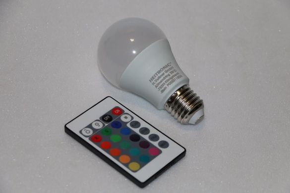 LED крушка с променящ се цвят, нова, немска, закупена от Германия