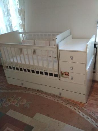 Детская кровать-качалка.манеж