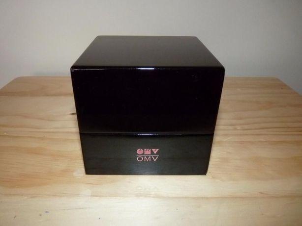 Ceas de birou personalizat OMV