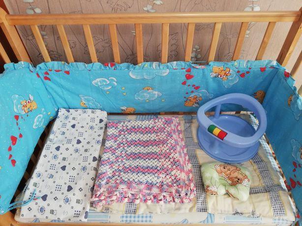 Детская кроватка в комплекте или без