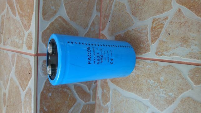 Condensator electrolitic 6800uF 450VDC