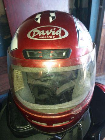 Мотоциклетный  шлем.