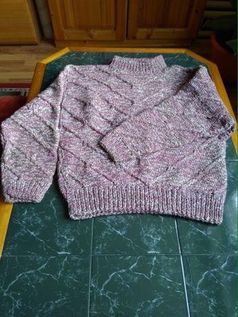 vand pulovere
