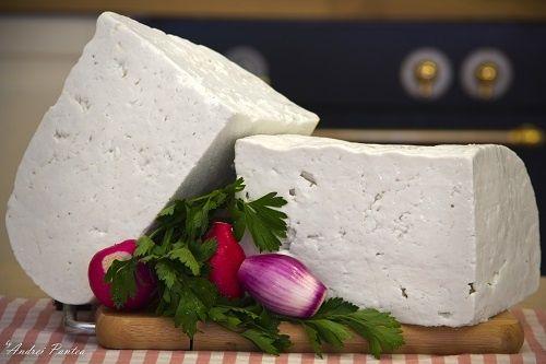 Telemea/brânză sarata de capra