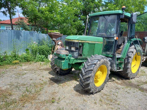 Tractor jonder 6100