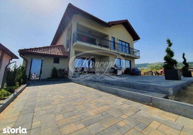 Casa exclusivista cu panorama