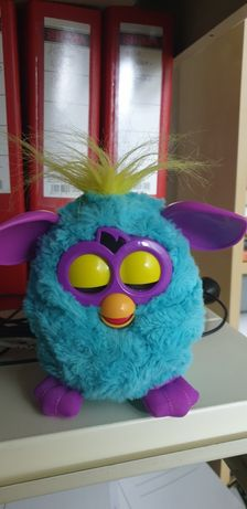 Vand Furby Hasbro jucarie interactiva