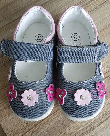Детски дънкови обувчици