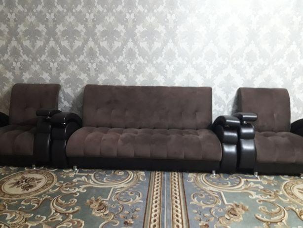 Диван с креслом срочно продается
