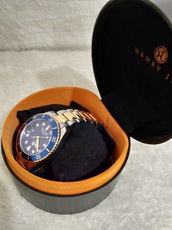 Часовник Henry Jay