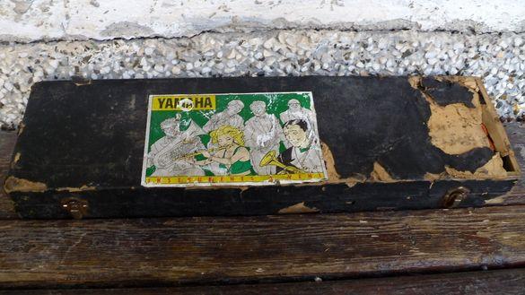 Музикален инструмент YAMAHA clavietta- за декорация или ремонт с куфар