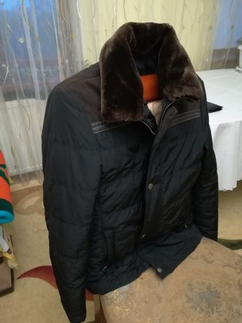 Срочно продам новую мужскую куртку.