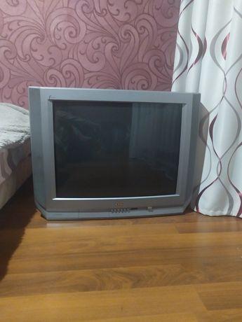 Телевизор JVC в хорошем состоянии