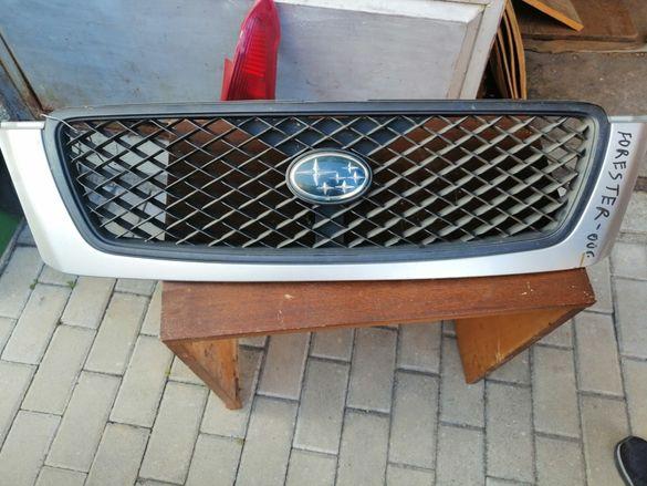 Предна решетка на Subaru Forester Оти 99до 2002година