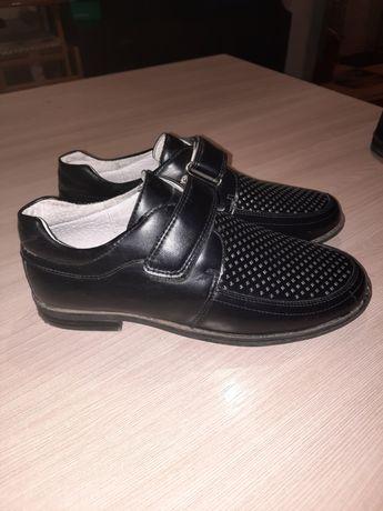 Туфли (2 пары)черные,класические