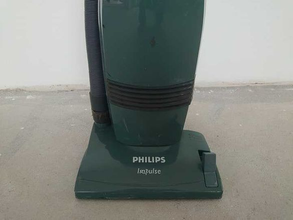 Прахосмукачка Philips Impulse