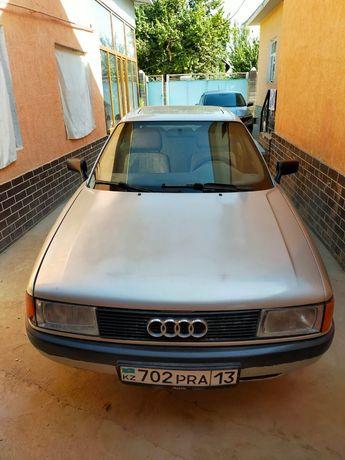 Ауди 80 1989года