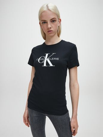 Женская футболка от Calvin Klein