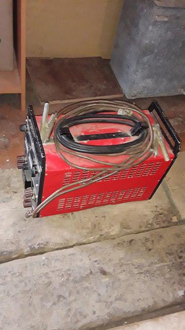 Сварочно-зарядно-пусковое устройство