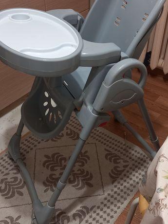 Продам стульчик детский
