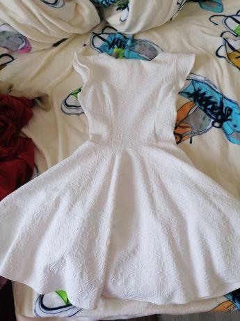 Rochie albă superbă
