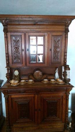 corpuri mobilier sculptate