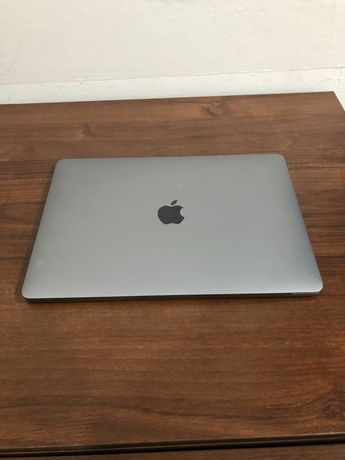 Macbook Pro 13 2016 Core i5 256gb Touchbar