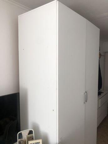 Шкаф для спальни или зала