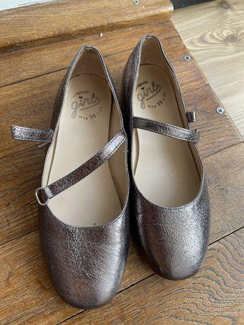 Pantofiori zara marimea 35