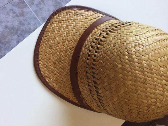 Продавам елегантна лятна шапка
