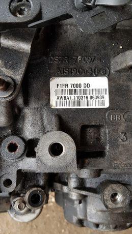 Скорости Автоматични Форд Торнео Куриер