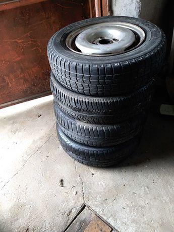 Автомобилни гуми 13 -4 бр.