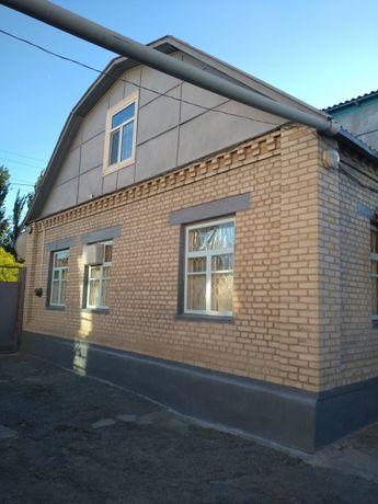 Срочно продается дом в центре города.