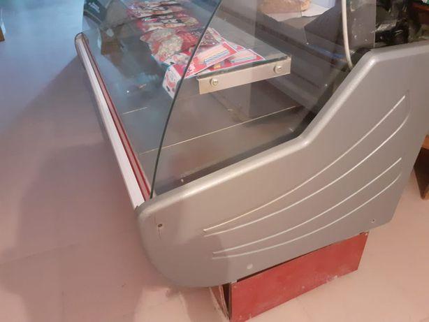 Ветриный холодилник сатылады