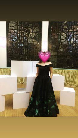 Продаётся вечернее платье!!