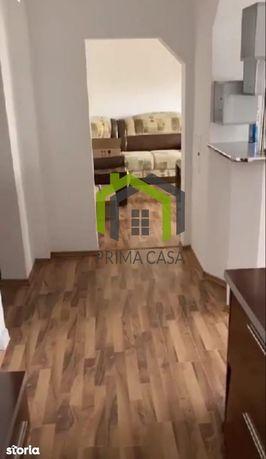 Apartament cu 3 camere in zona Unirii Nord / Cl. Pol. ~ etaj interm.