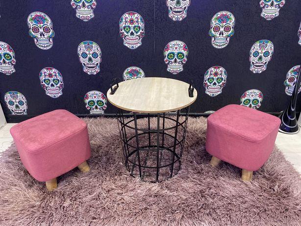 set masuta cu doua scaunele roz