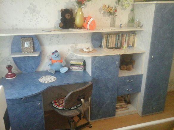 Секцея детска с бюро