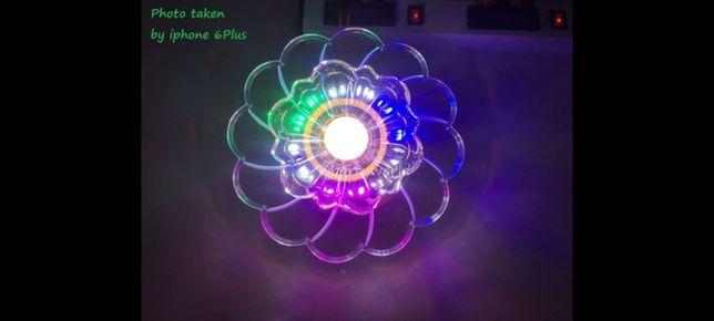 Lampă Led multicolora