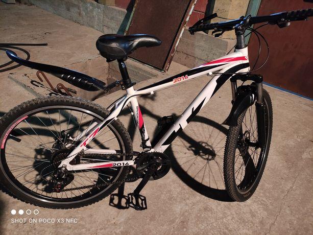 Велосипед  Спортивный в идеальном состояни продается почти новый.