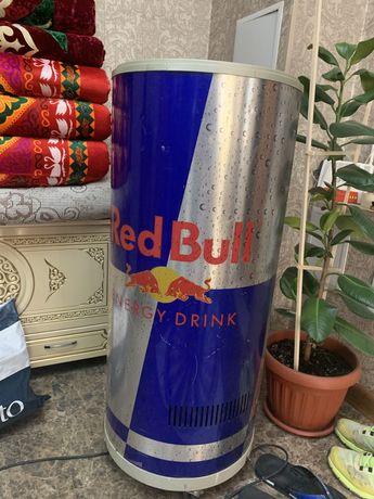 Витринный холодильник red bull
