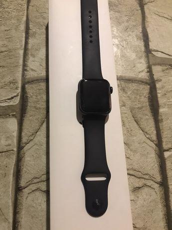 apple watch se продается